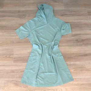 Isaac Mizrahi Blue athletic dress